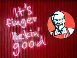 """KFC, Corona Virüsten Dolayı """"Finger Lickin' Good"""" Sloganını Kaldırıyor"""