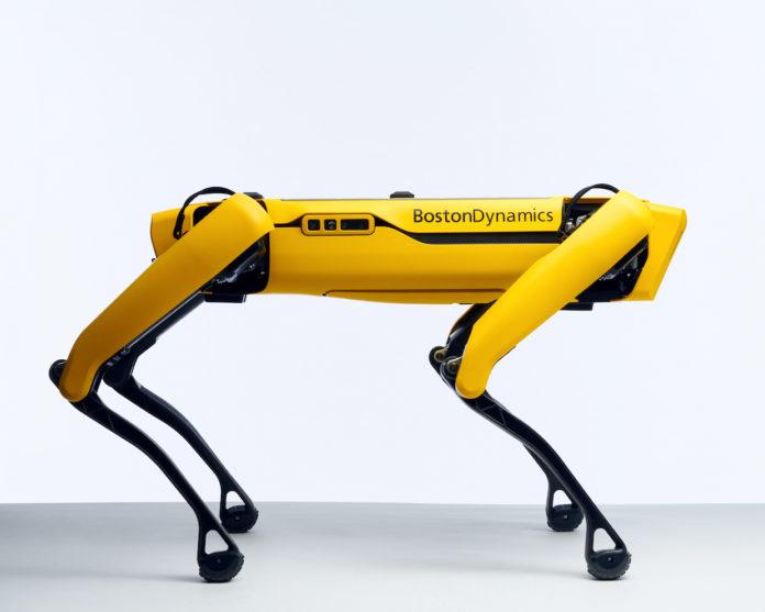 Boston Dynamics'in Robotu Spot, Avrupa ve Kanada'da Satışa Çıkıyor
