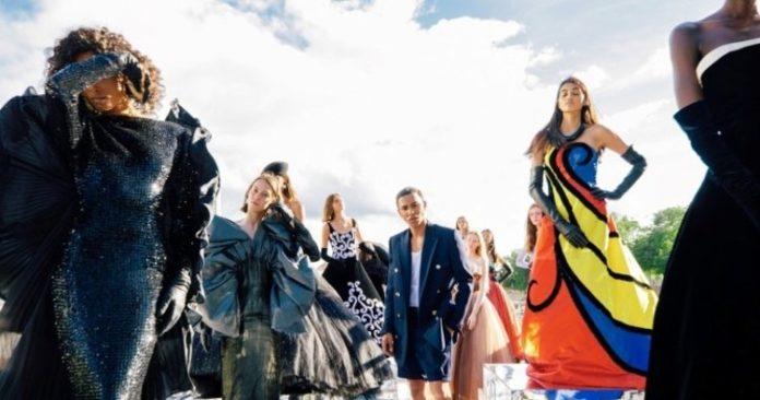 TikTok Moda Haftalarındaki Podyum Şovlarını Canlı Yayınlamak İstiyor.