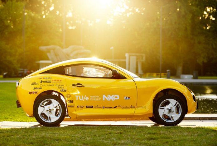 Geri Dönüştürülmüş Plastiklerden Spor Araba Üretildi