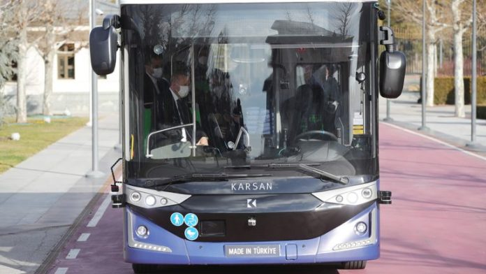 Türk mühendisler tarafından geliştirilen otonom elektrikli otobüs: Otonom Atak Electric
