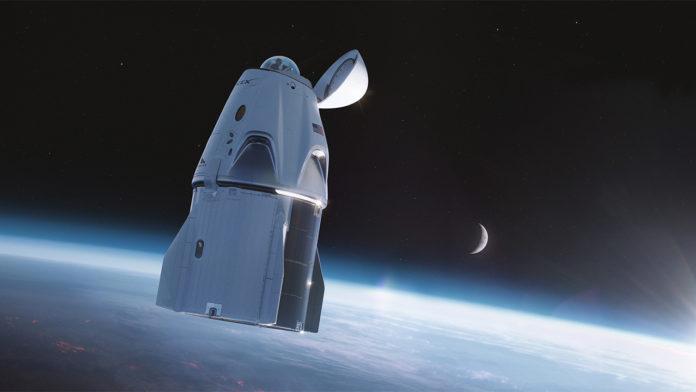 SpaceX, astronotların uzayda dışarıya bakabileceği Dragon kapsülünü duyurdu