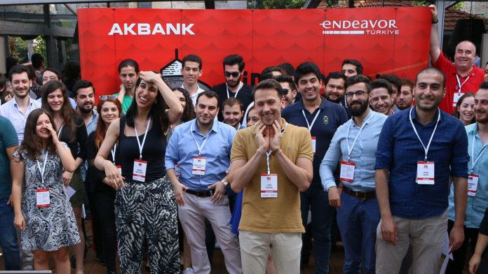 CaseCampus Bootcamp Live, genç girişimci adayların başvurularını bekliyor