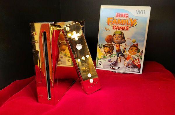 Kraliçe Elizabeth İçin Yapılan Altın Kaplama Nintendo Wii Satışa Sunuldu