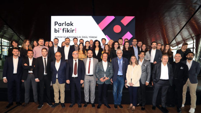 Zorlu Holding'in kurum içi girişimcilik programı Parlak Bi'Fikir ikinci döngüsünü tamamladı